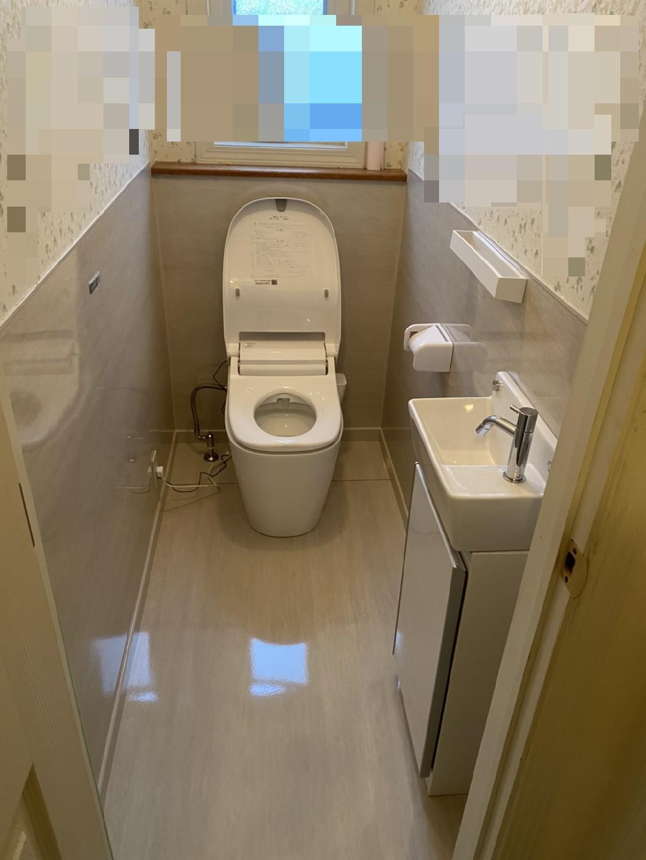 トイレ、床、壁など施工写真